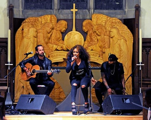 Jully Black performs at roots celebration