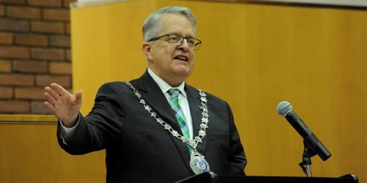 Oakville mayor lays out state of the town